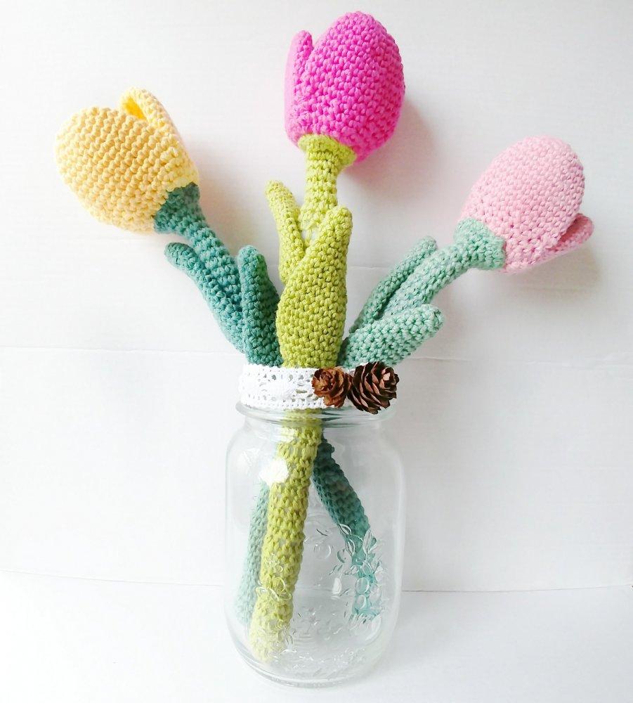 Bouquet Sposa Uncinetto.Mazzo Di 3 Tulipani Uncinetto Idea Regalo Festa Della Mamma Idea Bouquet Sposa
