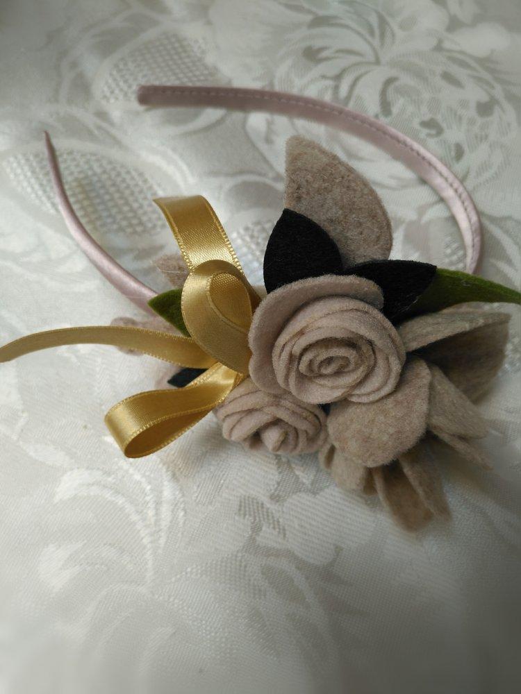 Cerchietto capelli con roselline