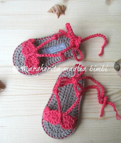 Sandali neonata/scarpine cotone corallo con laccetto alla caviglia - uncinetto - fatti a mano
