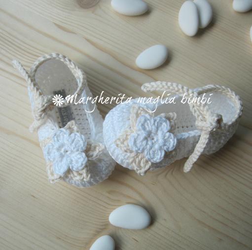 Scarpine puro cotone bianco e panna - Battesimo - bambina - fatte a mano - uncinetto