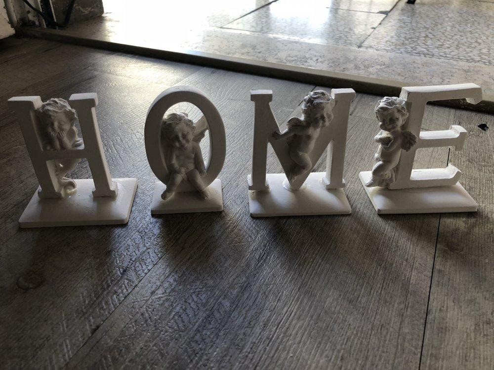 Lettere da appoggio con angelo HOME