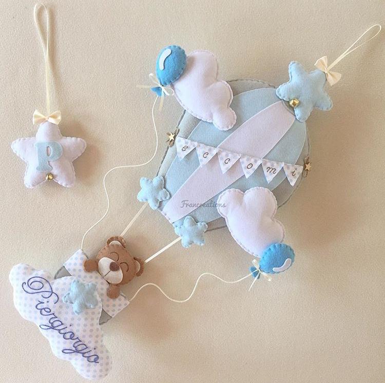 Fiocco nascita per nomi da 10 lettere in su - Fiocco nascita azzurro - Fiocco nascita con mongolfiera celeste e grigio perla - Fiocco nascita mongolfiera