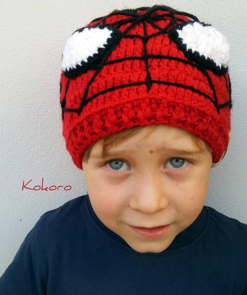 Cappello da bambino in lana modello Spiderman a247c9c45da9