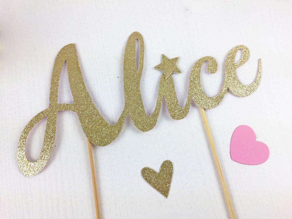 Topper torta sagomato in cartoncino oro o in altri colori personalizzato con nome