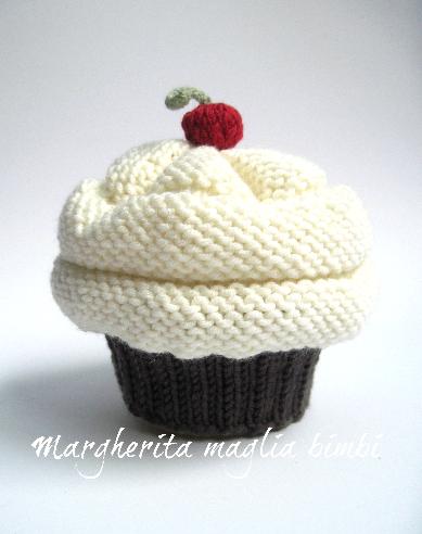 Cappello cupcake cioccolato/panna fatto a mano in lana - berretto bambina/neonata