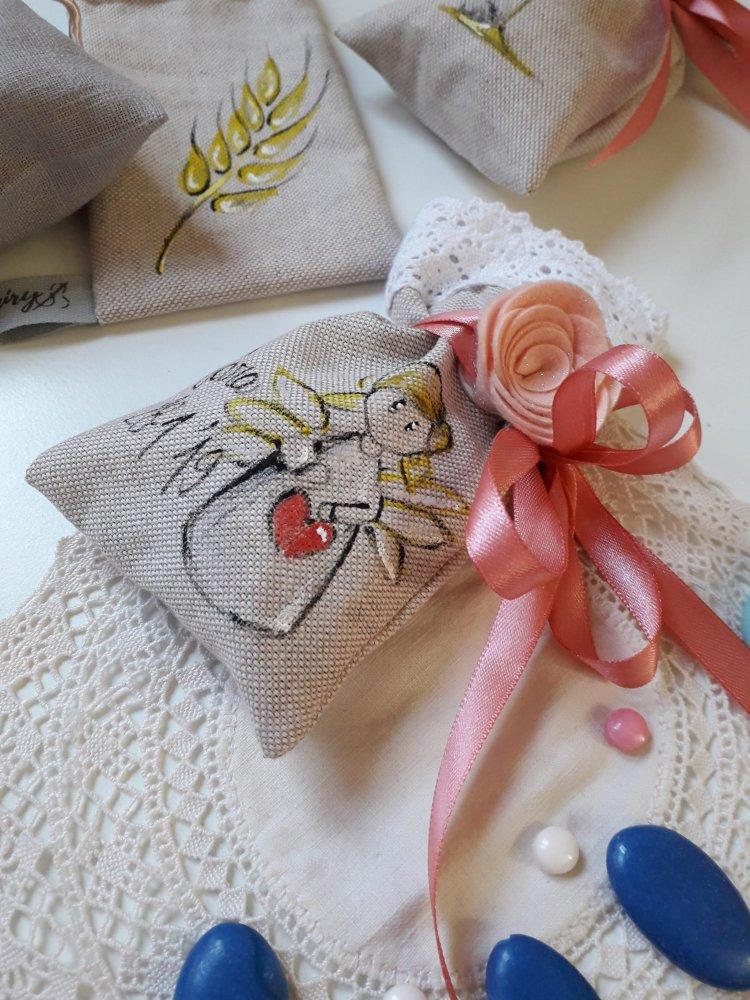 Sacchetti bomboniera porta confetti per occasioni speciali