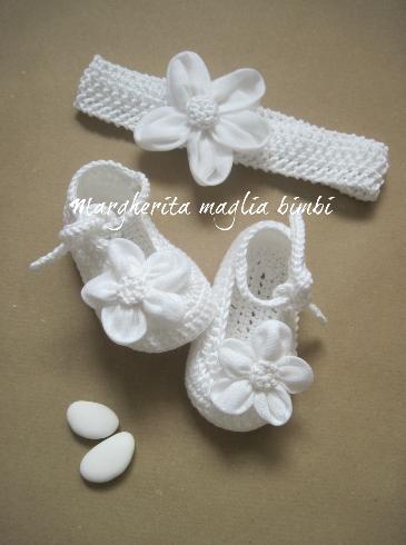 Fascetta e scarpine bambina - cotone bianco - fiore lino/tulle -  fatte a mano - Battesimo