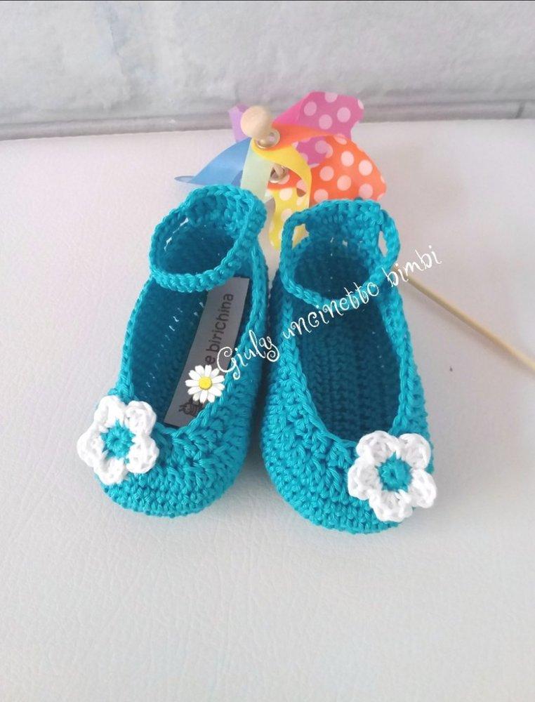 Scarpine a ballerina per neonata, turchese con fiore bianco - estate mare nascita battesimo portafortuna