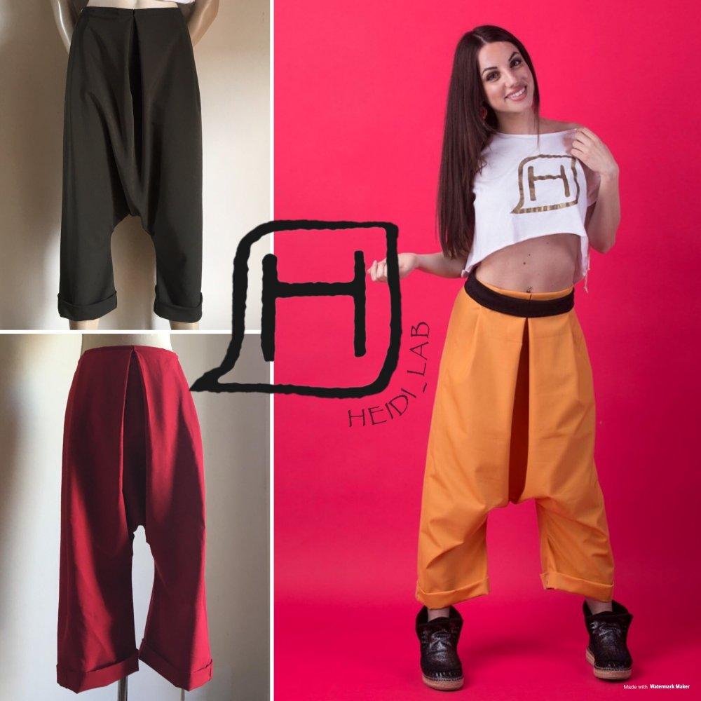 Pantalone confort e glamour con pieghe