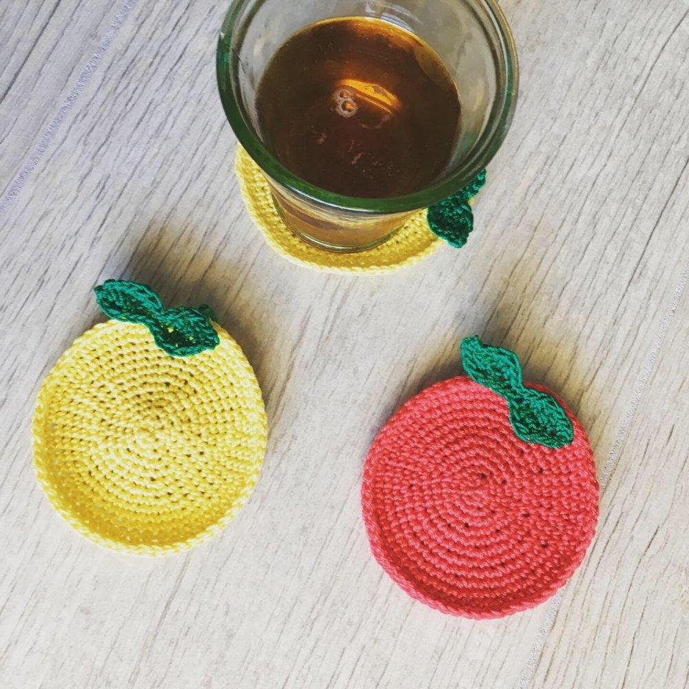 Sottobicchieri a forma di mela