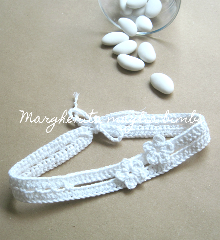 Fascetta bianca neonata con fiorellini - fascia bambina - cotone - baby shower/Battesimo/cerimonia