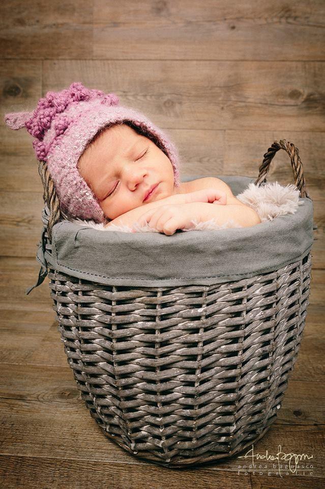 Cappellino dolce neonato