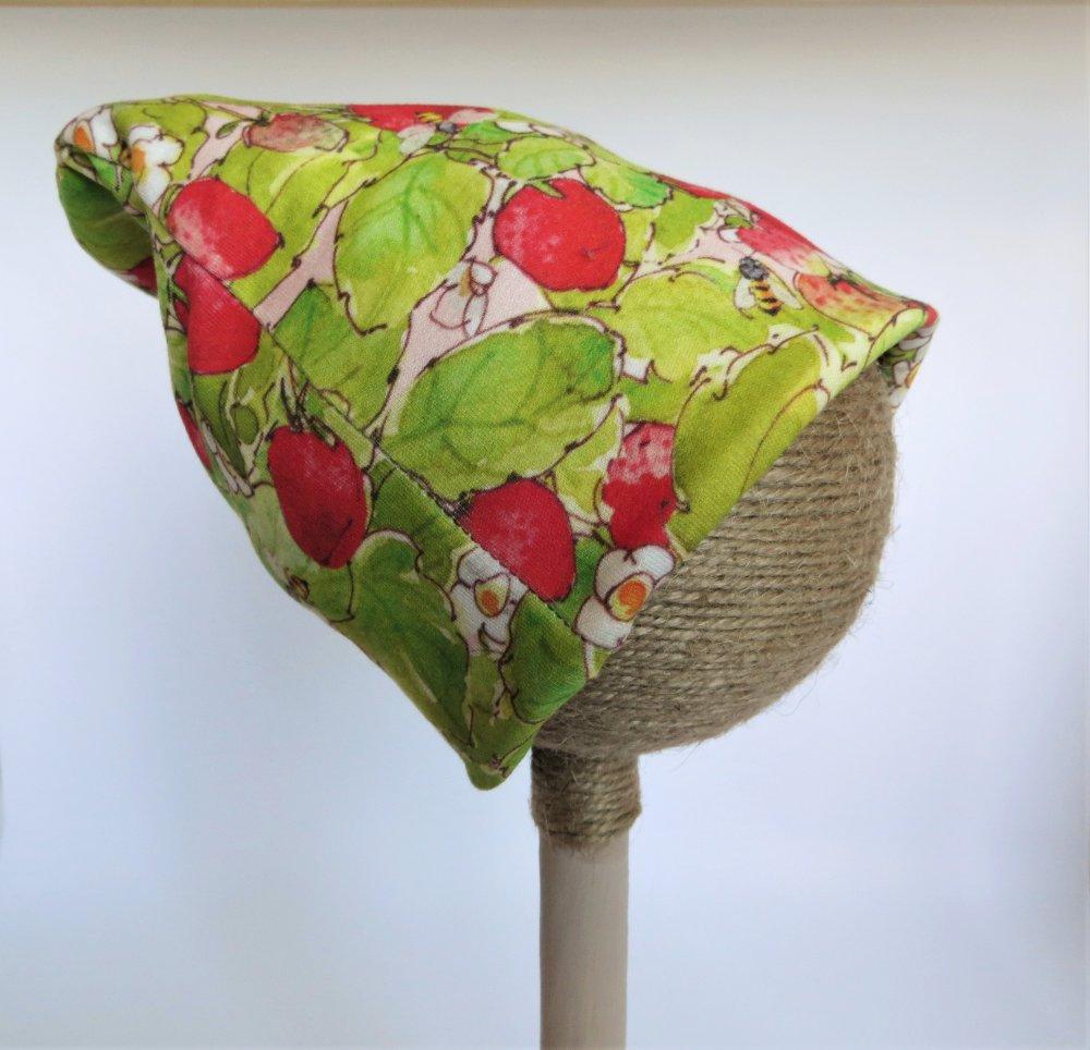 Cappello invernale in cotone Bio - fantasia fragole e api