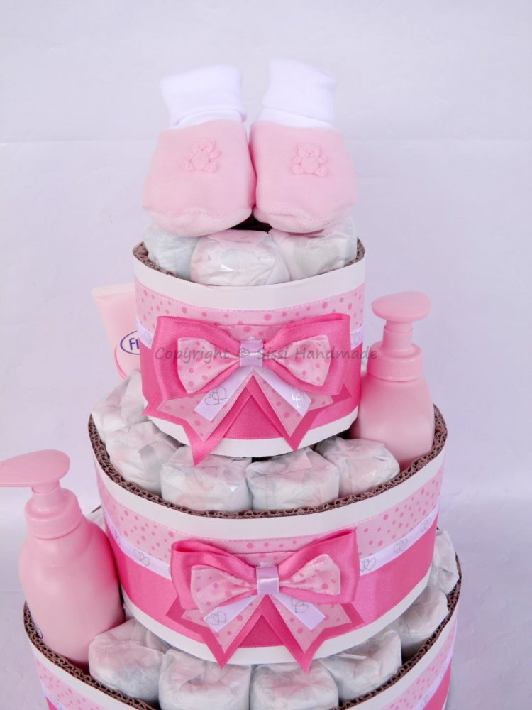 Torta pannolini BAMBINA con prodotti + banner nome
