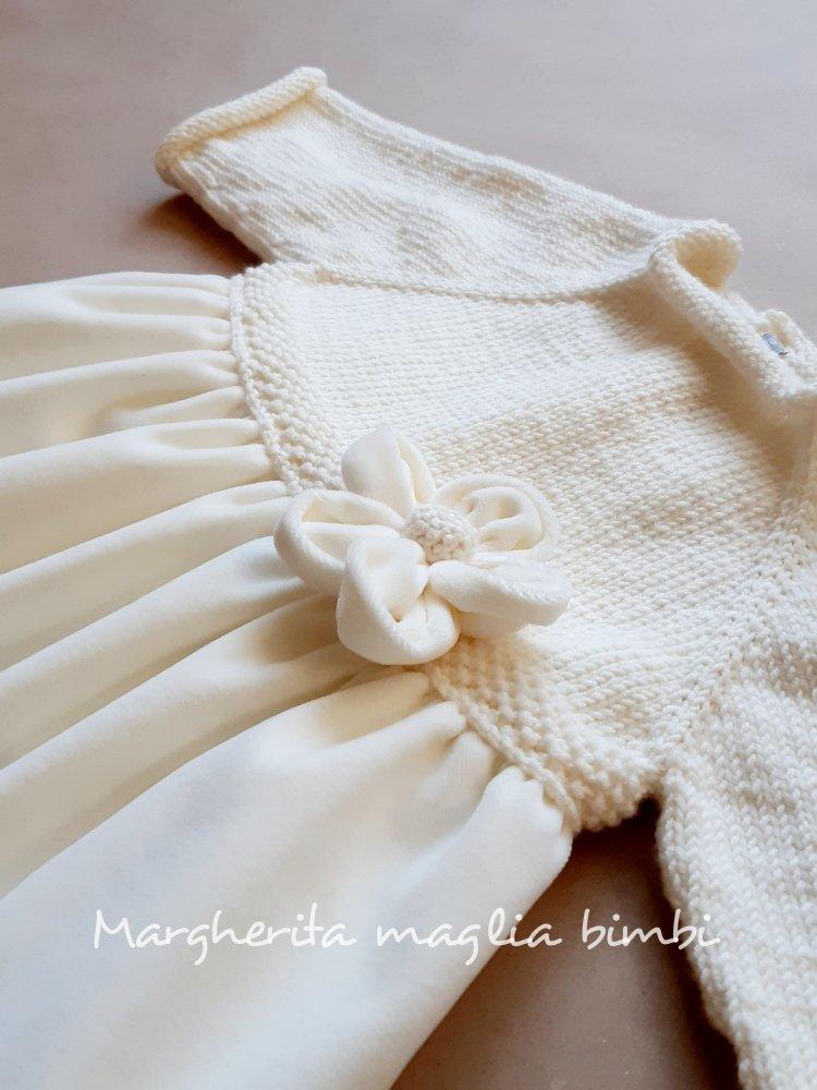 Abito in lana e velluto con fiore in velluto per Battesimo bimba - bianco panna