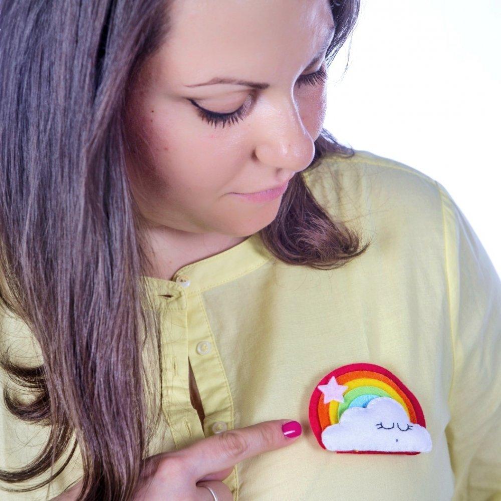 PREORDINE - Spilla arcobaleno