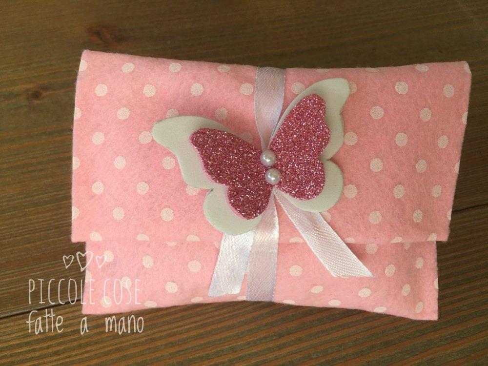 Bustina portaconfetti in feltro con farfalla