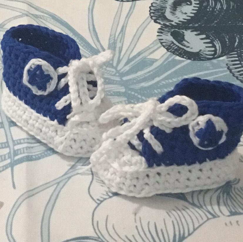 Scarpette uncinetto  crochet lana stile Converse