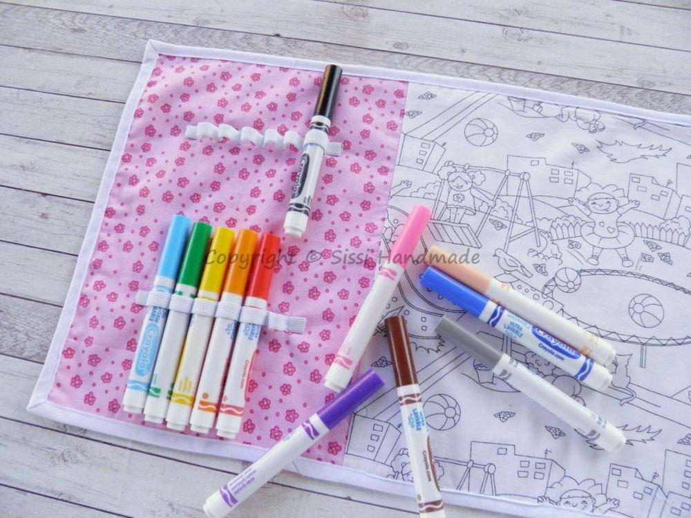 Tovaglietta da tavolo da colorare con 12 pennarelli lavabili assortiti