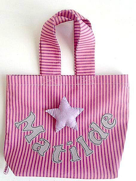 Mini Borsa bimba con manici, applique in feltro di una stellina cucita su morbido cotone a strisce rosa e fuxia, nome personalizzabile