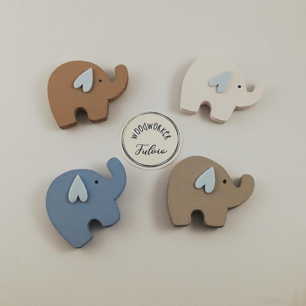Elefantini in legno colorati con magnete- Bomboniera Nascita- Battesimo