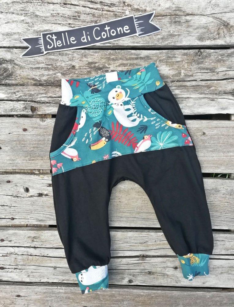 Pantaloni modello harem 1-2 anni jungle