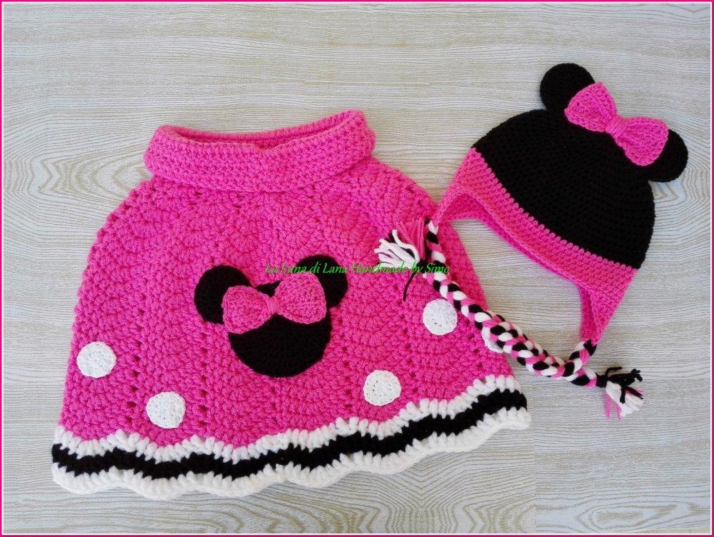 Poncho a uncinetto e cappellino per bambina o bebé ispirato a Minnie