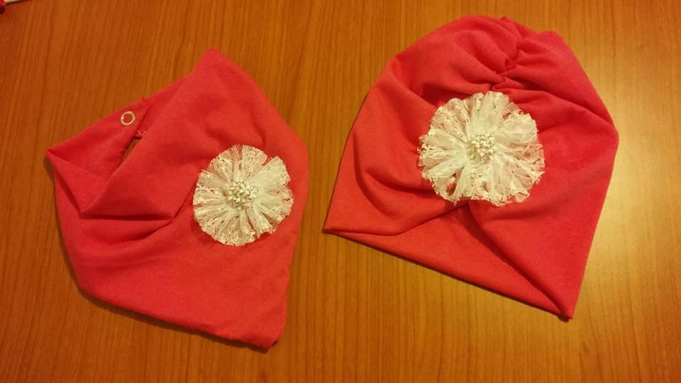 Turbante  e bandana con fiore in pizzo bianco