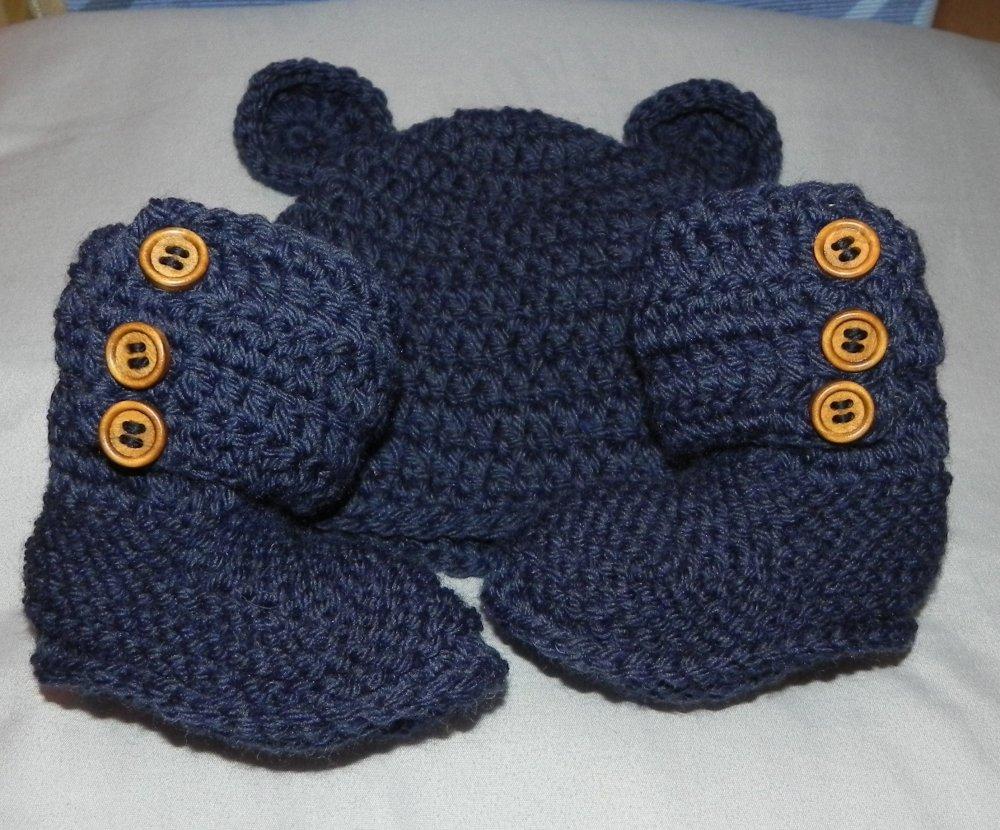 Cappellino e scarpette bebè da 1 a 6 mesi