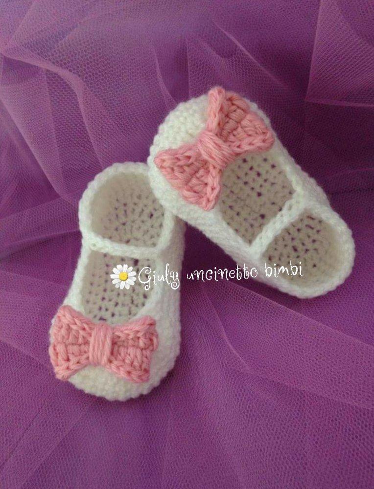 Scarpe scarpine a ballerina per neonata, realizzate con uncinetto, scarpette battesimo portafortuna neonato
