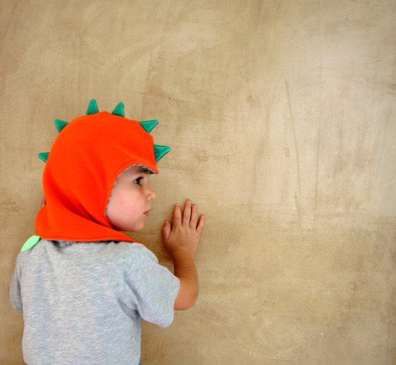 Berretto bambini da drago, cappuccio da dinosauro, cotta da cavaliere, cappello invernale in pile o felpa foderato in jersey di cotone.