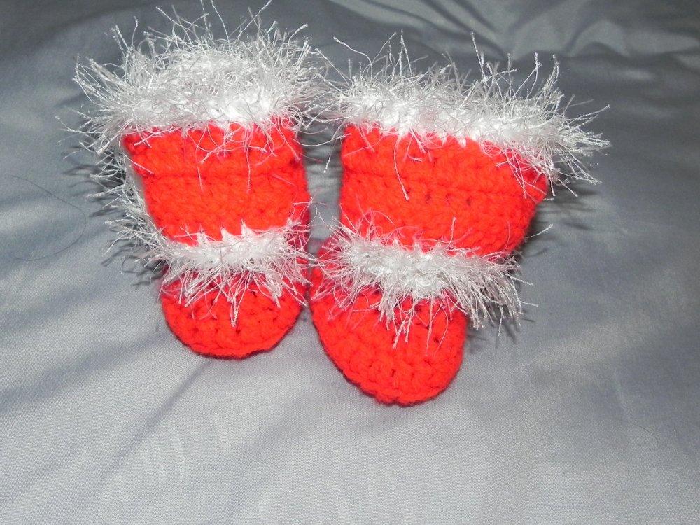 Scarpette neonato in lana rossa e bianca Natale