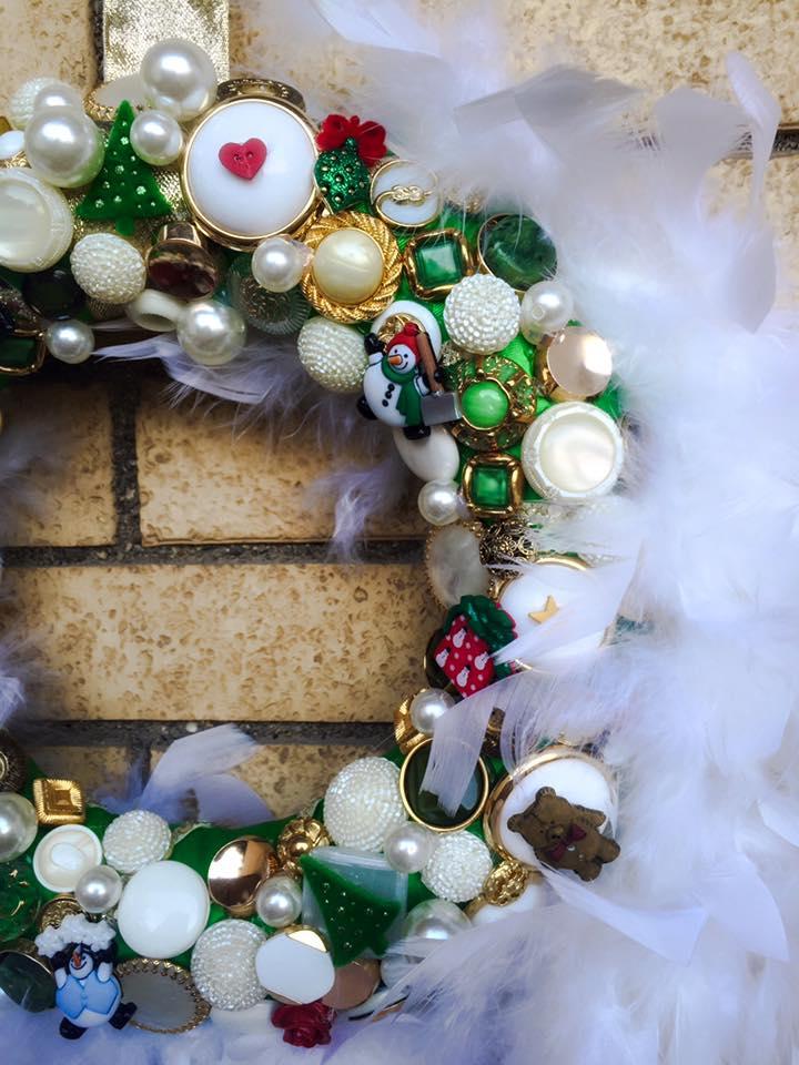 GHIRLANDA IN BOTTONI - fuoriporta per Natale
