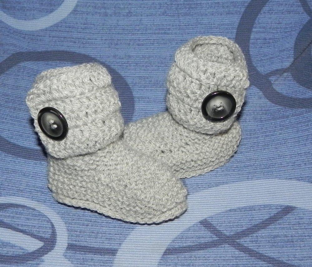 Scarpette stivaletti stile Ugg in lana grigia