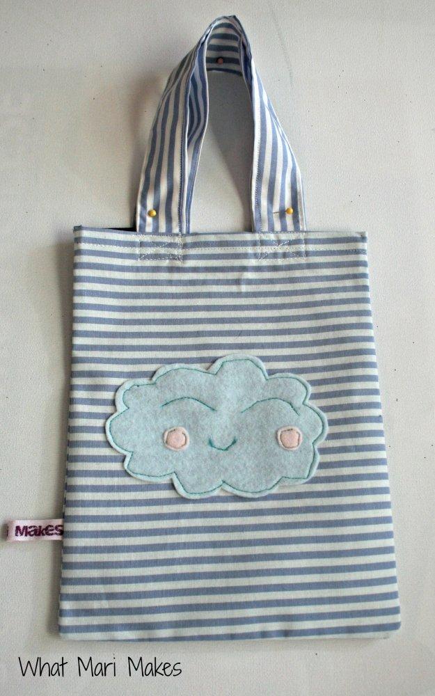 Borsina nuvoletta con manici motivo navy per bambine felici
