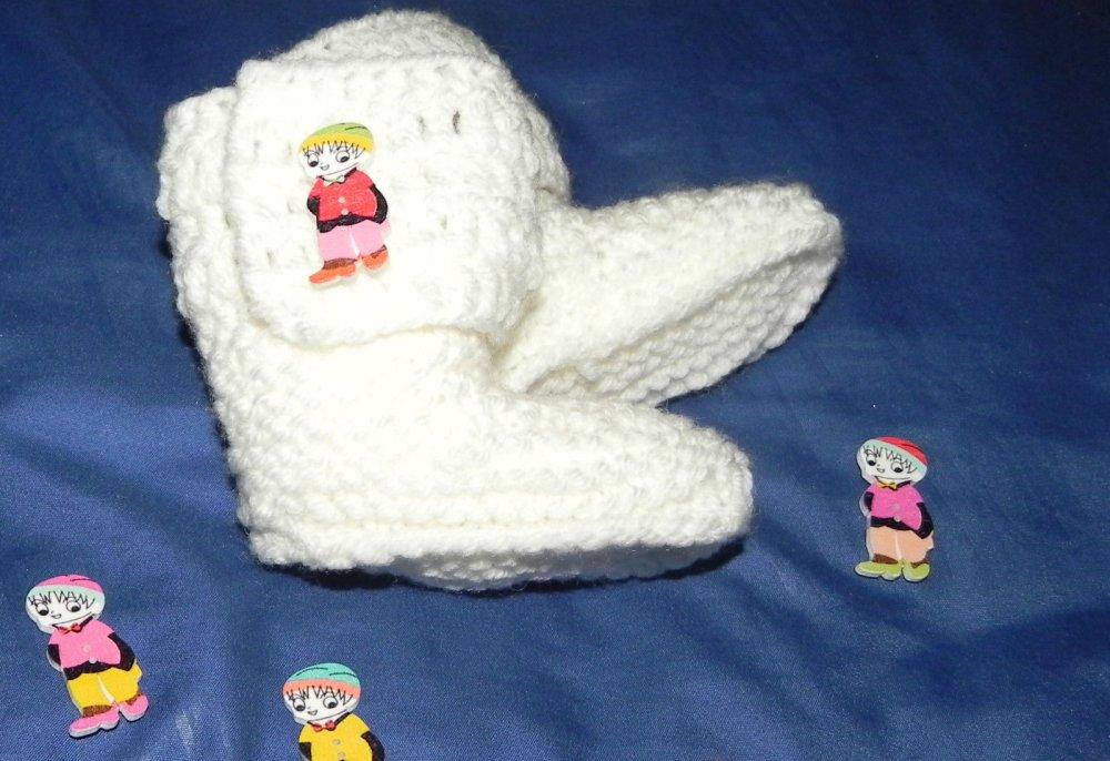 Stivaletti scarpette tipo Ugg  bianco  da 1 a 4 mesi