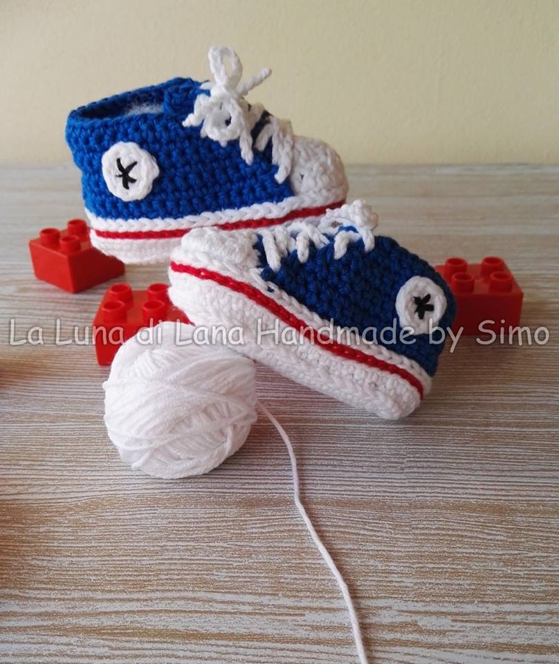 scarpine uncinetto neonato Converse all star