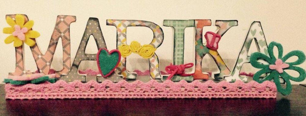 Nome con lettere di legno decorate a mano in stile