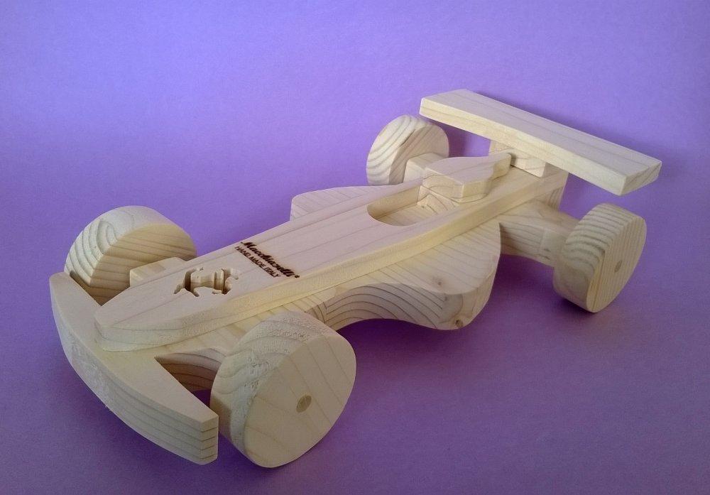 Auto da corsa in legno per bambini (Cod. GIO009)