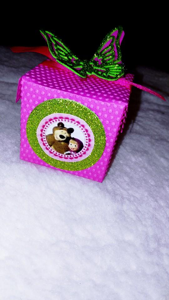 Scatolina Masha con marshmallow