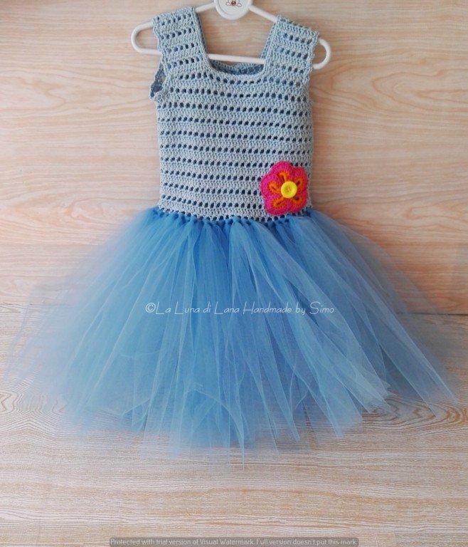 Abito bimba o neonata azzurro ad uncinetto e tulle abito tutù