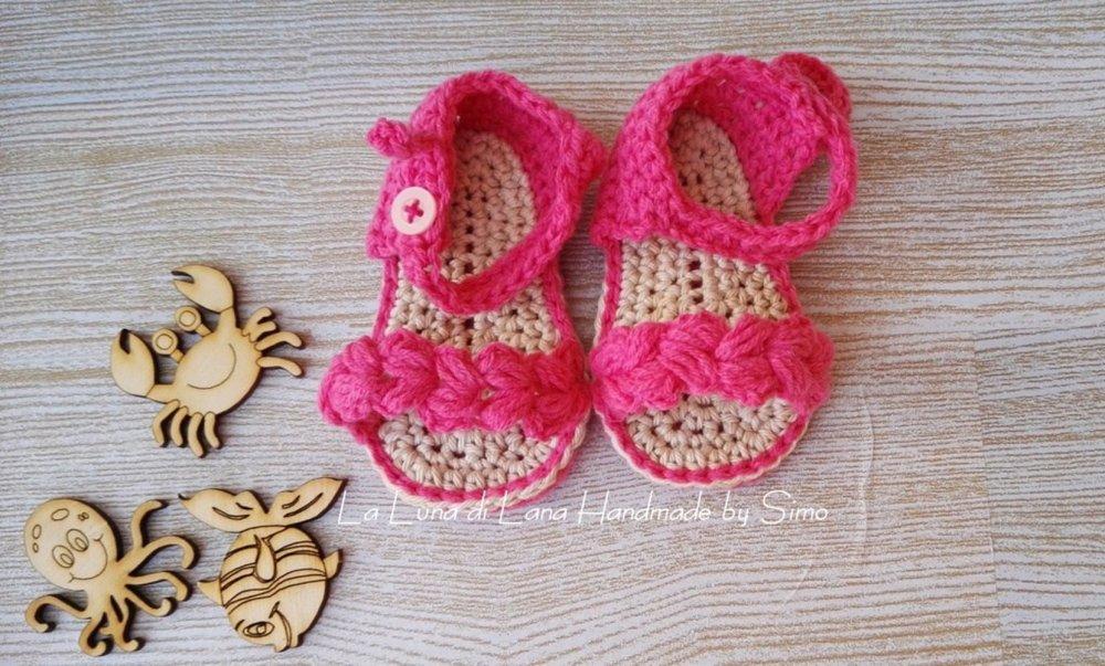 Sandali per  neonata a uncinetto in cotone