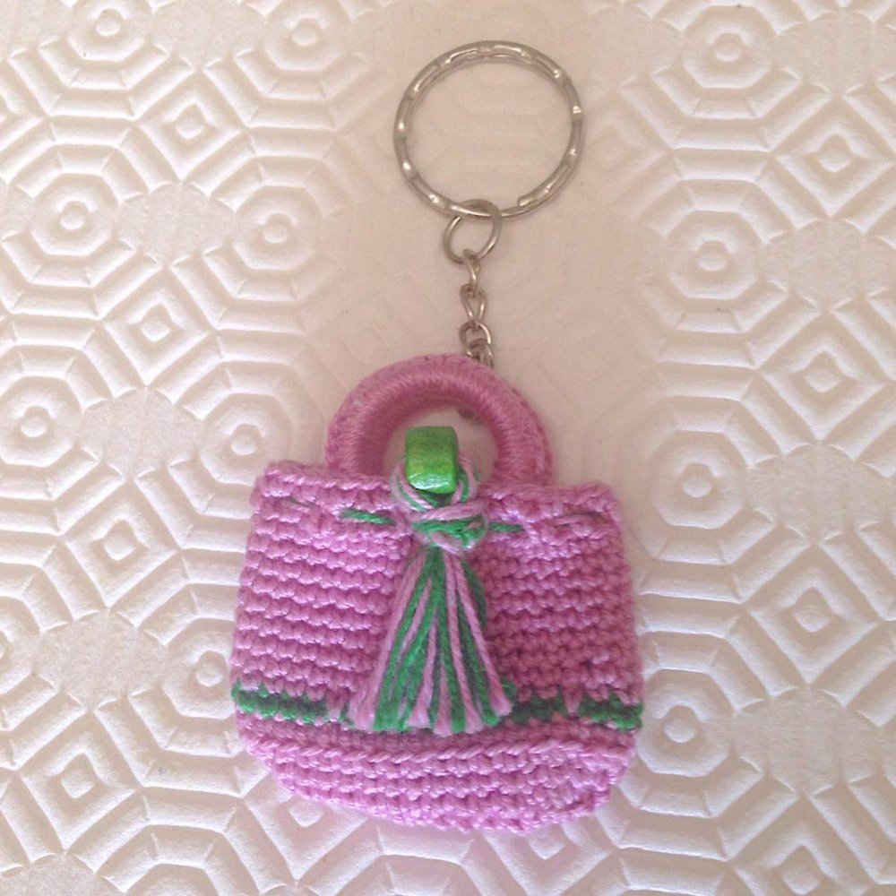 Portachiavi Con Mini Borsetta Rosa E Verde Fatta A Mano Alluncinetto