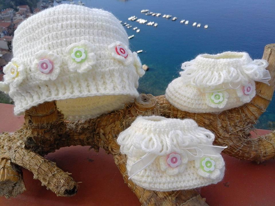 cappellino più scarpette