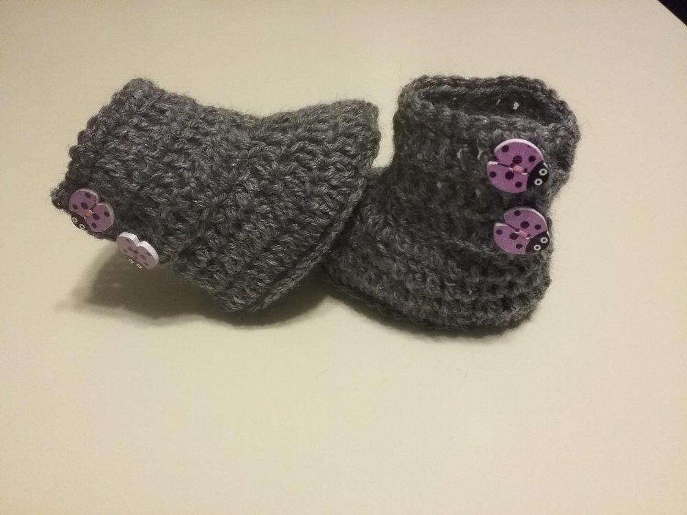 Scarponcini neonata