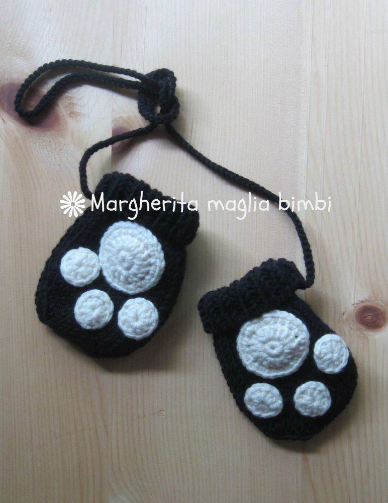 Muffole panda per bambino in pura lana merino superwash fatte a mano