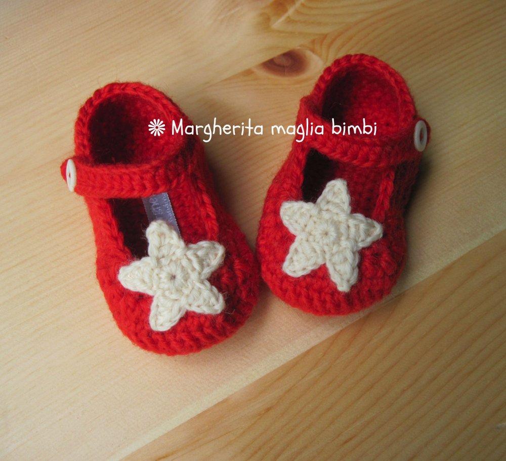 Scarpine ballerine rosse con stella crochet fatte mano all'uncinetto - pura lana