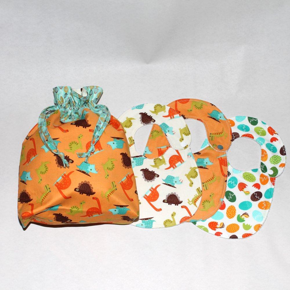 Set 3 bavaglini + sacchetto asilo - collezione dinosauri