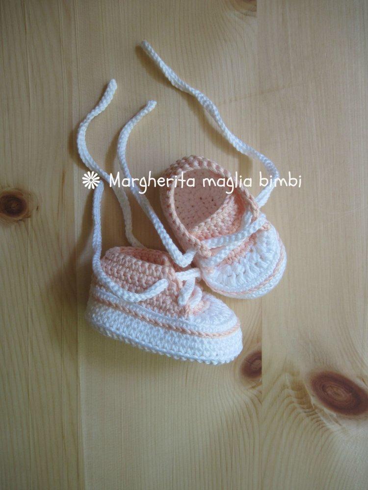Scarpine/sneakers bianche/rosa - fatte a mano - neonata/bambina - uncinetto - puro cotone