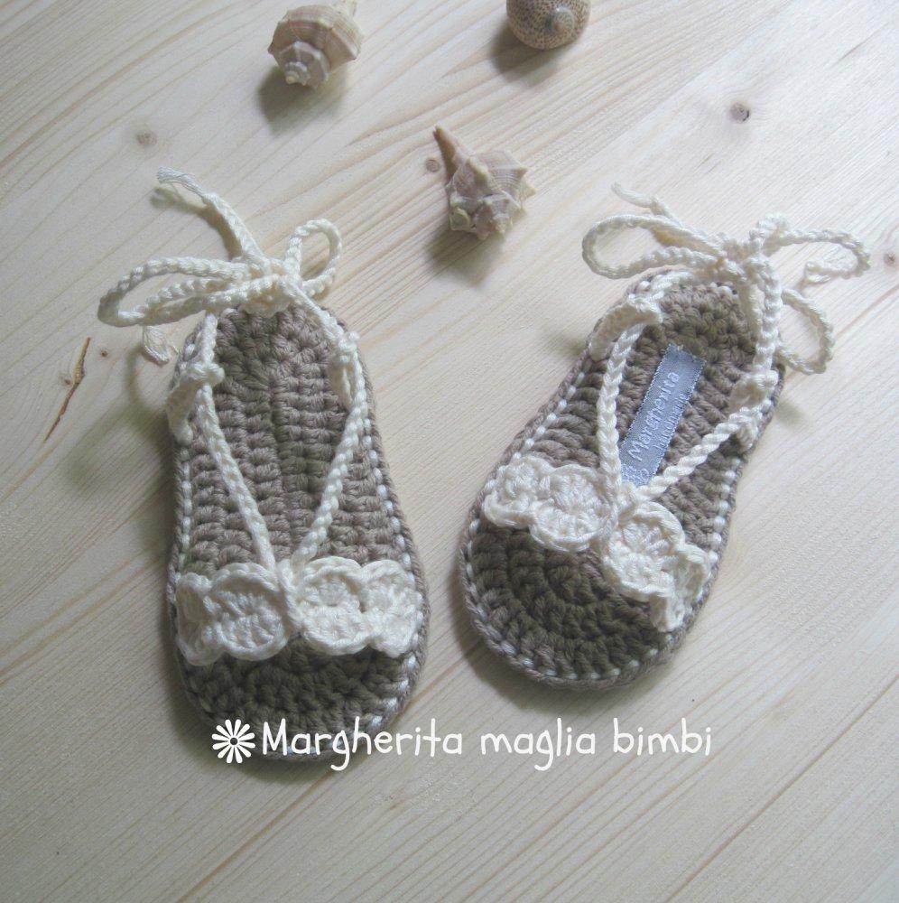 Sandali  cotone color avorio per bambina - scarpine fatte a mano all'uncinetto